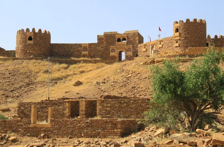 The ruins telling the legend of the haunted Kuldhara village