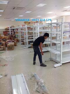 bán kệ giá lắp ghép tại siêu thị