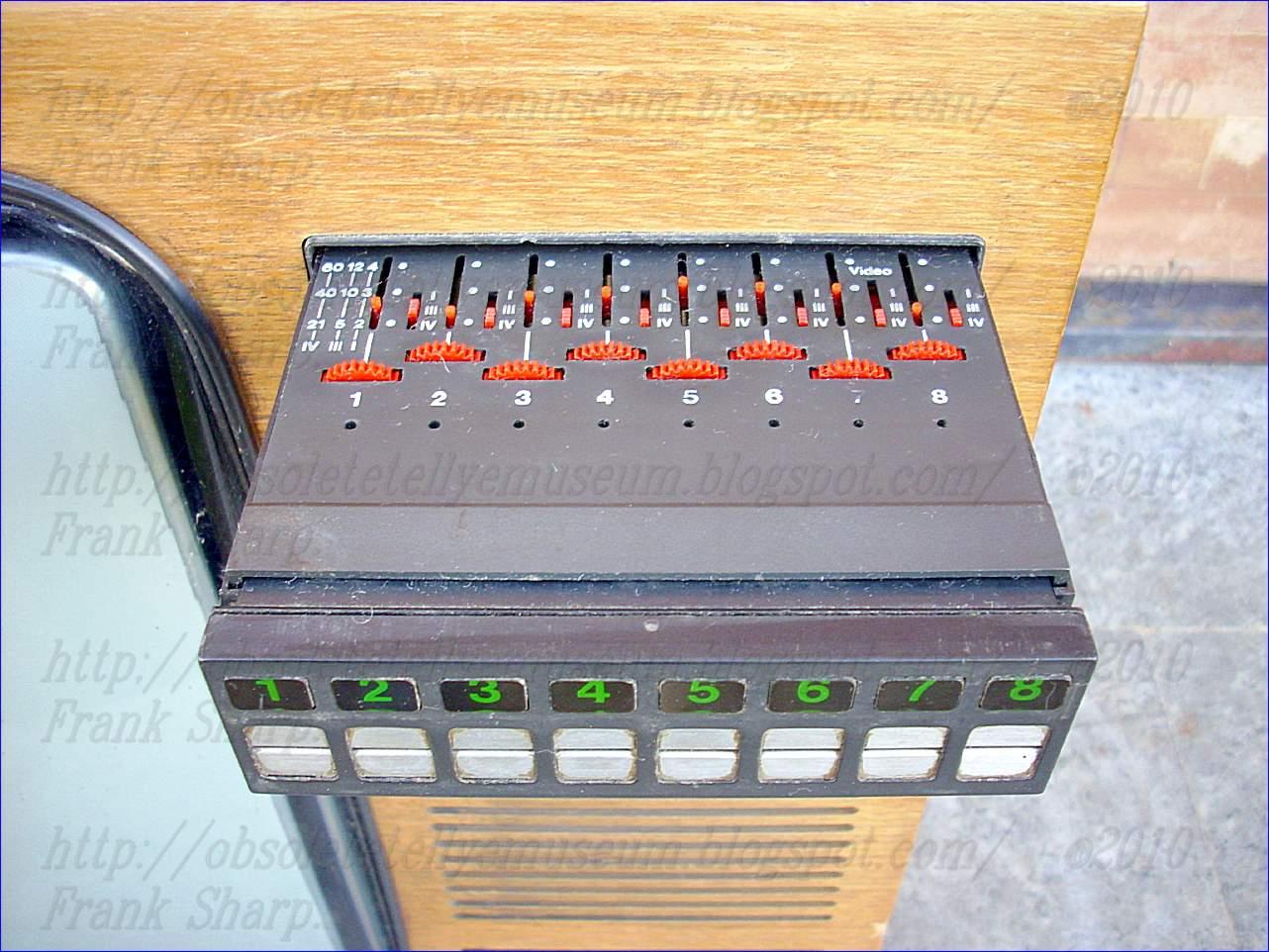 Obsolete Technology Tellye !: GRAETZ BURGGRAF COLOR 2549 ...
