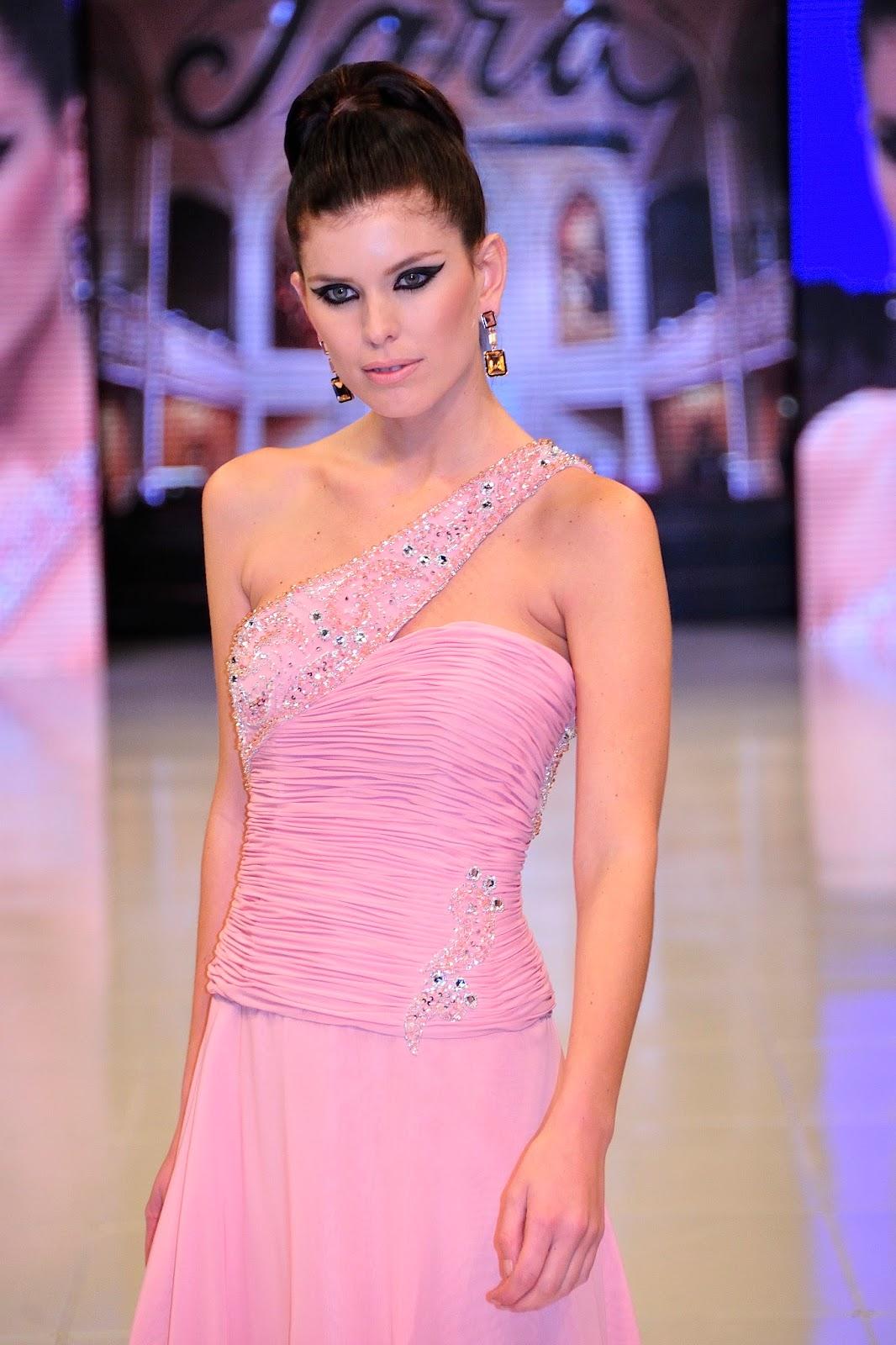 Increíble Vestido De Novia De Costura Galería - Colección de ...