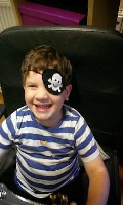 pirate eye patch tutorial - diy felt pirate eye patch
