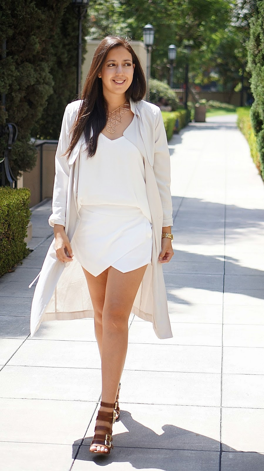 H&M Trench coat, White Skort, Mossimo Strappy Heels, Neutral fashion, Fashion blogger,Summet Fashion
