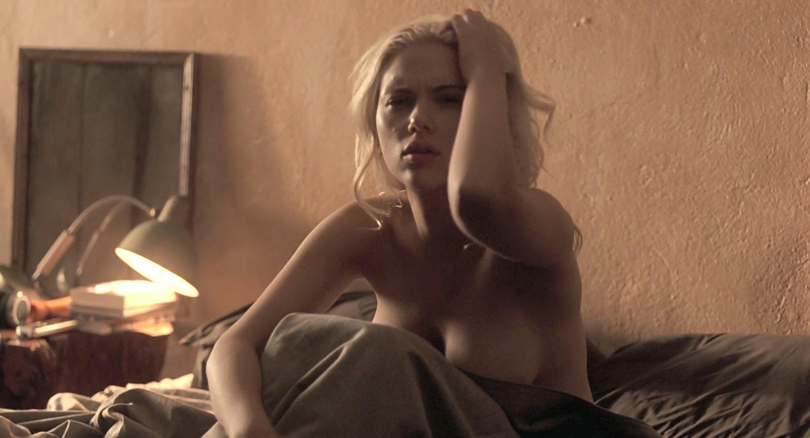 scarlett johansson naked sex breasts