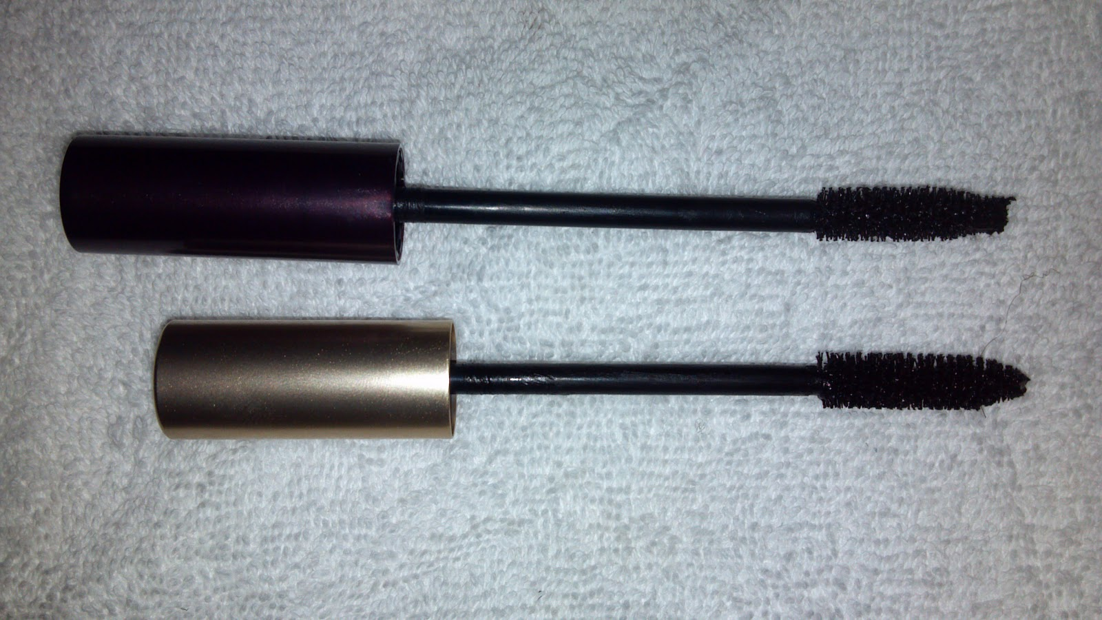 Top: Tarte Lights Camera Lashes, Bottom: Lu0027Oreal Voluminous Carbon Black