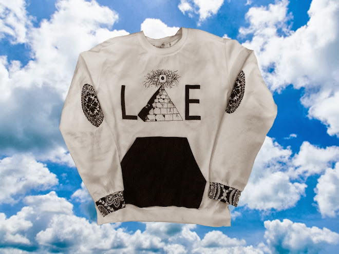 White Lie Pyramid Crewneck