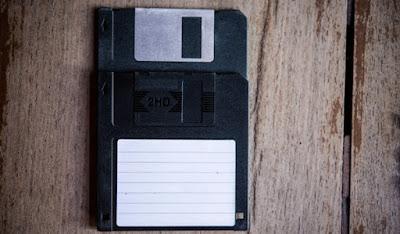 6 Benda Elektronik Di Masa Lalu Yang Kini Hilang dan Dilupakan
