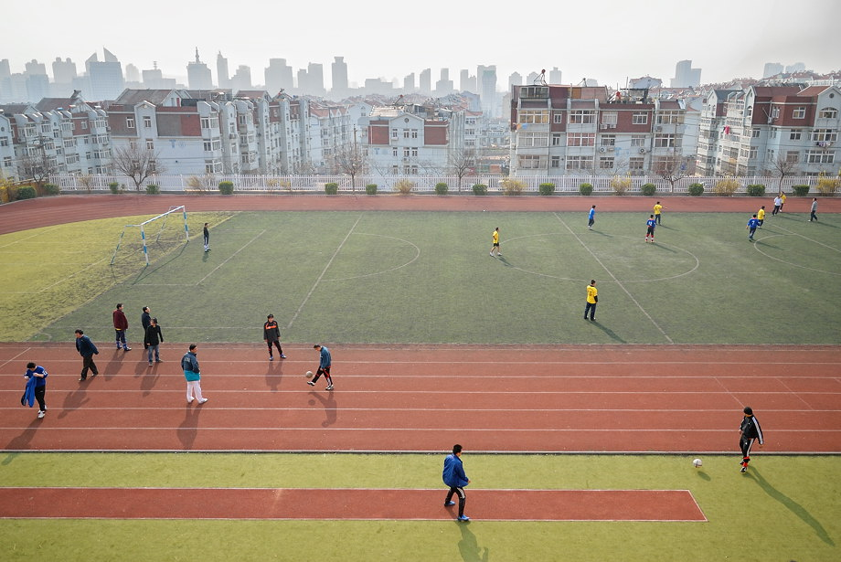 'perfect pitch' • qingdao, china    © marc montebello all rights reserved