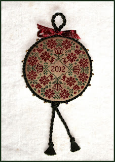 http://1.bp.blogspot.com/-PPiEKAXbuww/UNPqmFiU_0I/AAAAAAAAA0I/HSomVLy8NpQ/s320/Christmas+2012+019A.jpg