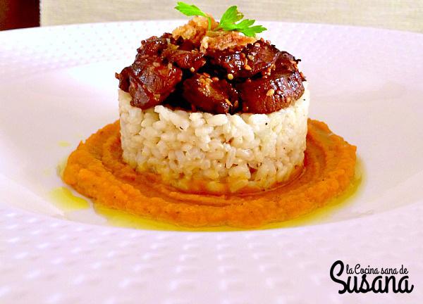 timbal de arroz con solomillo y zanahoria