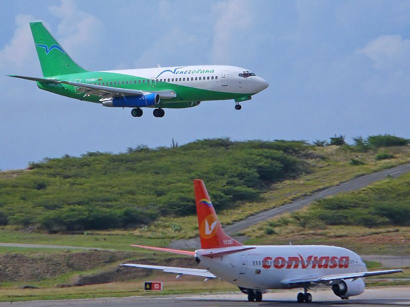 Venezuela: Pasajes aéreos nacionales suben de precio todas las semanas