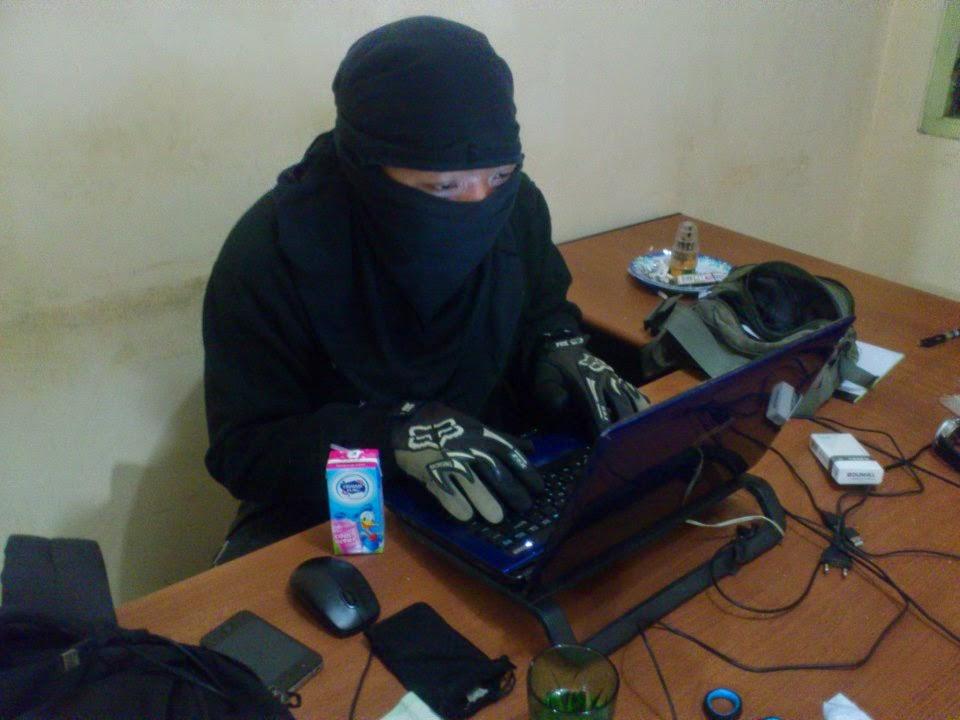 Awas hacker wakakaka
