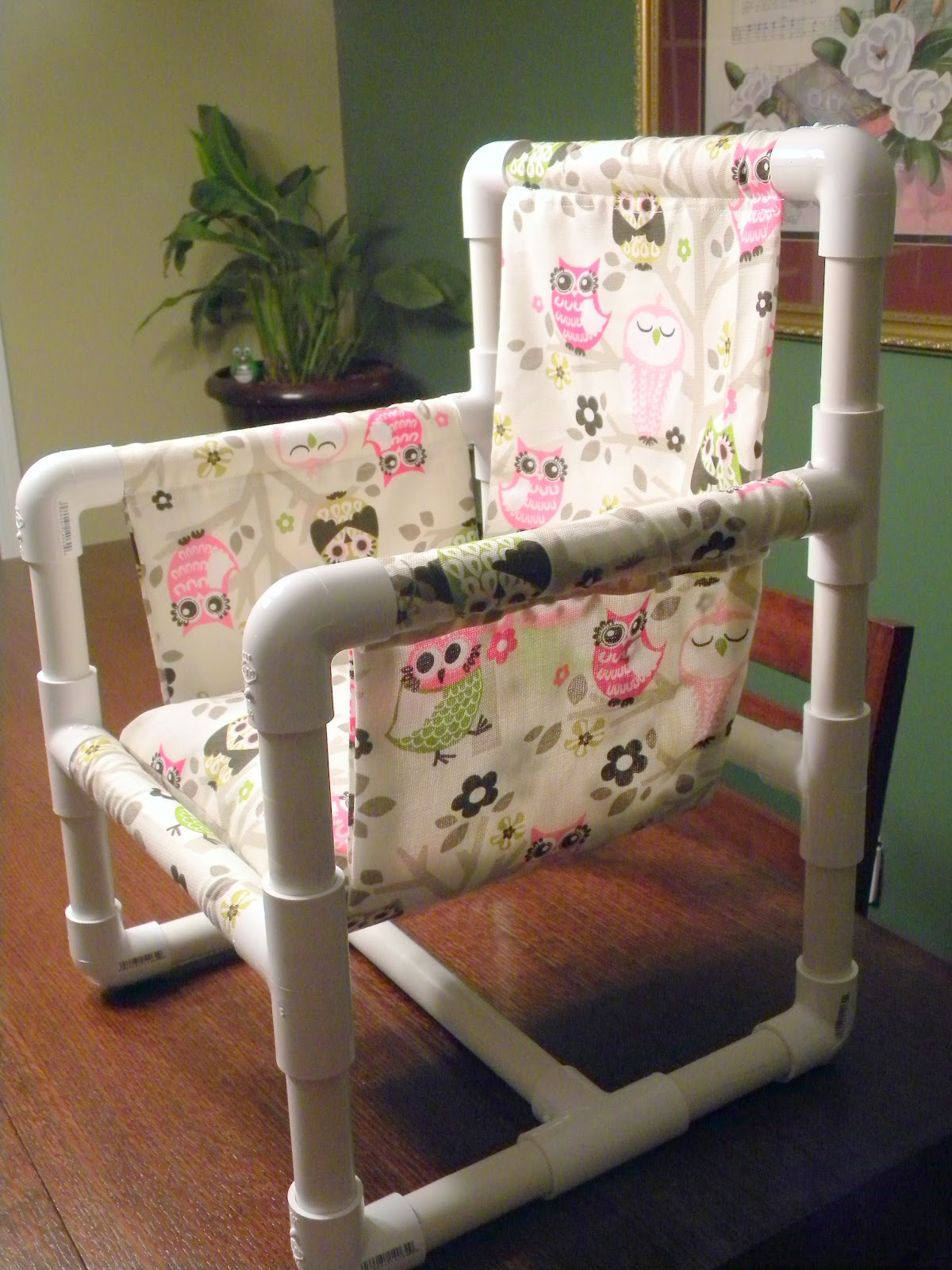 Me and my crafties owl pvc chair