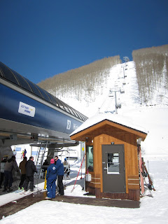 The High Noon Lift cutting through a grove of Aspens