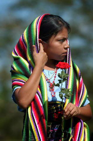 Joven nativa de Panchimalco