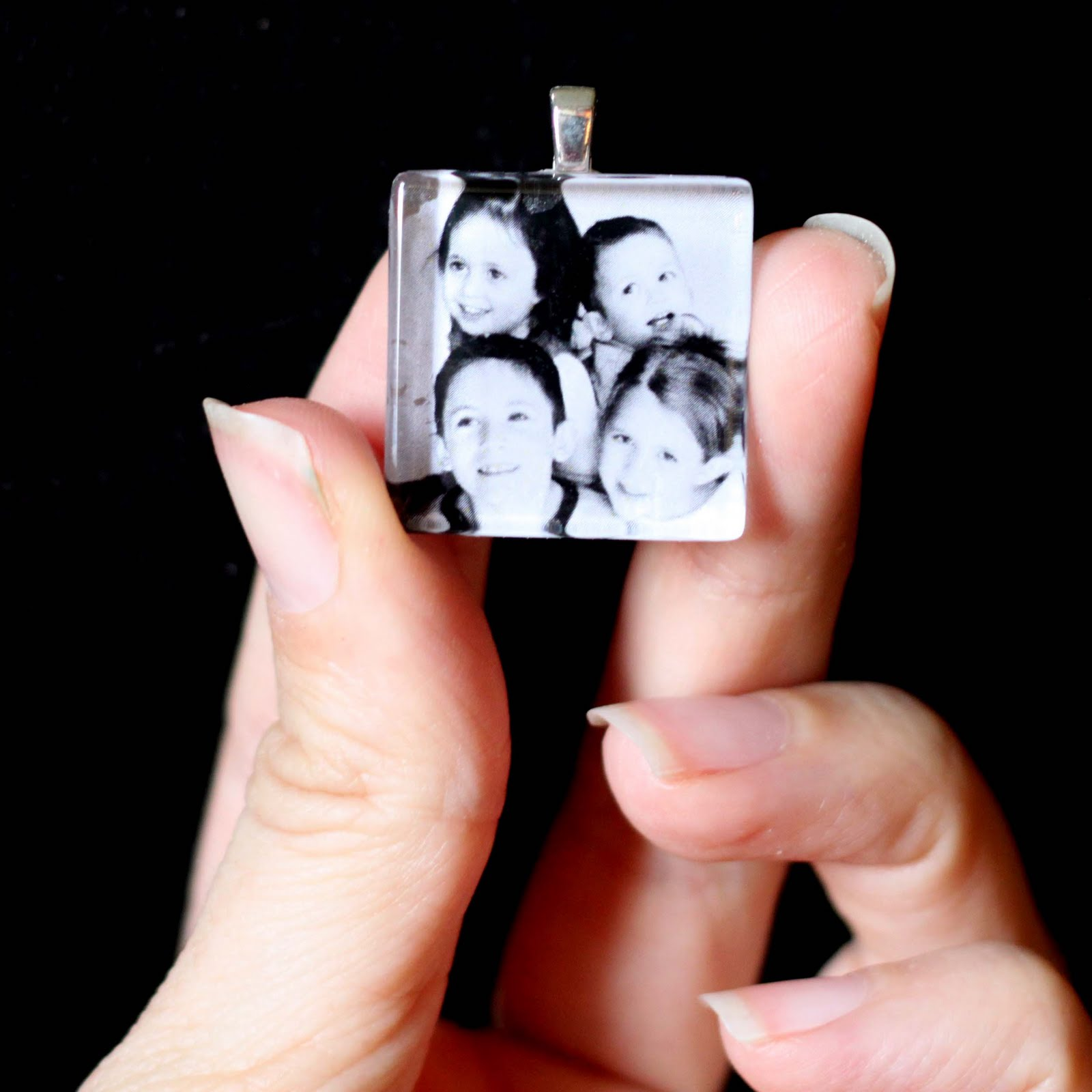 mothers+day+photo+pendant.JPG