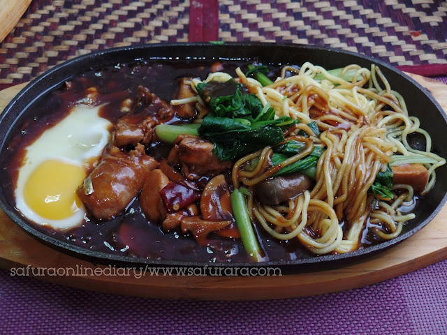 Homemade Sizzling Mee