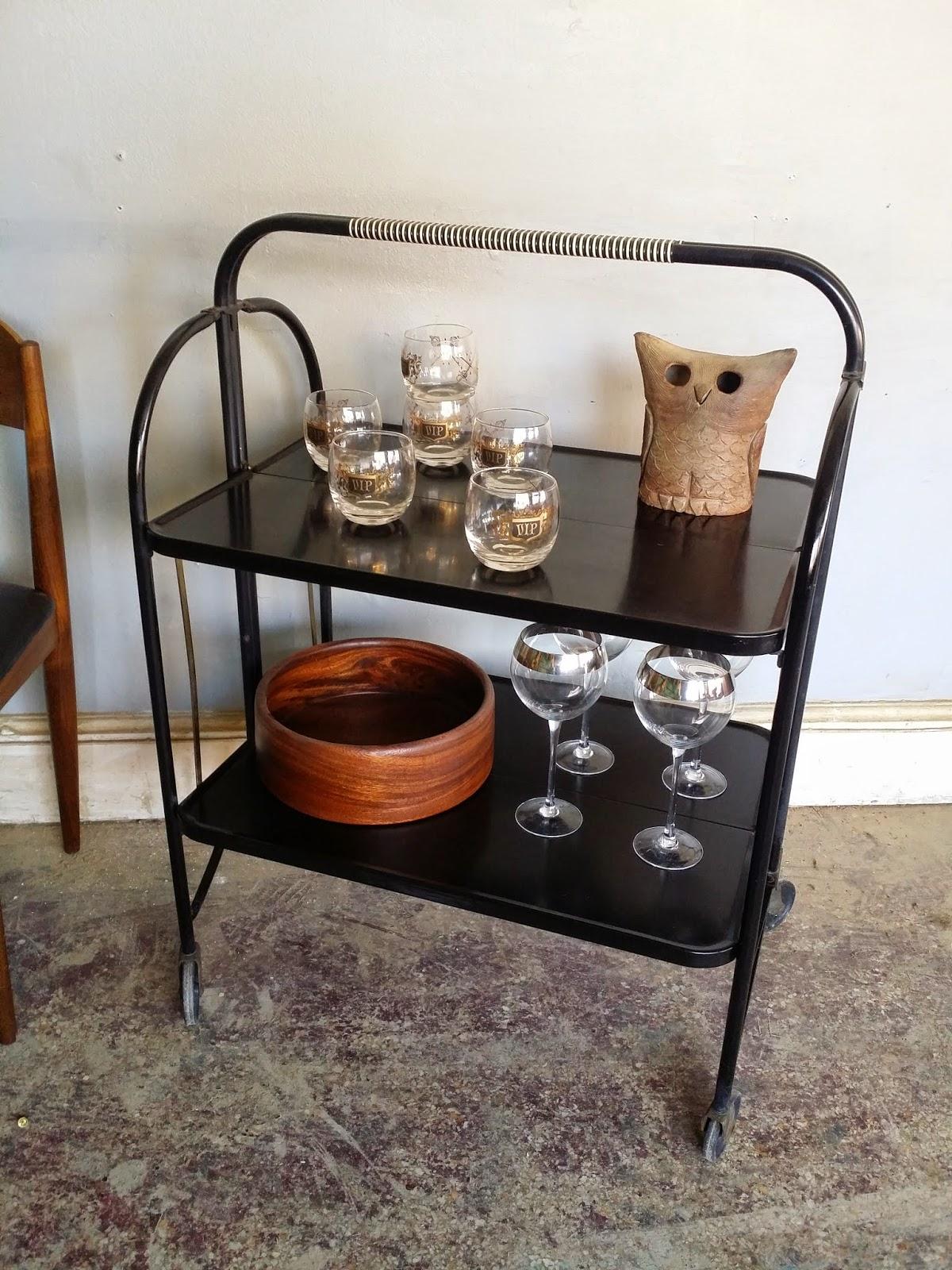 vintage ground mid century retro bar cart. Black Bedroom Furniture Sets. Home Design Ideas