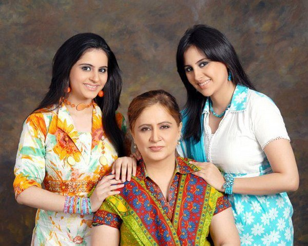 Fatima Effendi Profile and wedding Pictures | Pakistani ...