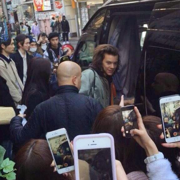 02.03.15, fans, harry styles, japan, one direction, tokyo,
