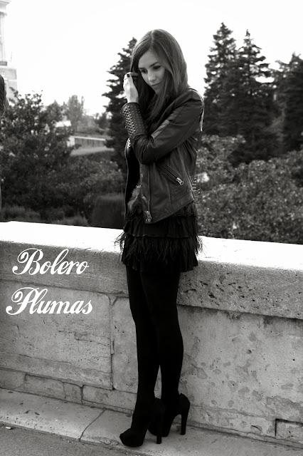 Bolero de Plumas, falda de plumas, blanco y negro, perfecto de cuero