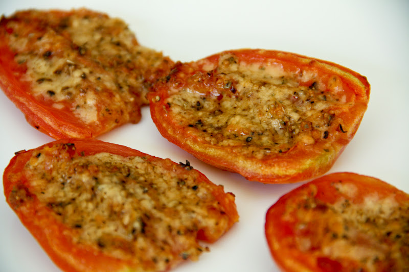 Baked Parmesan Tomatoes (gluten-free, contains dairy) - Vegetarian ...