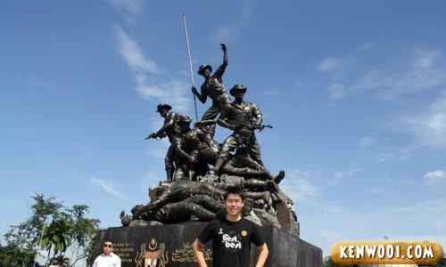 malaysia national monument