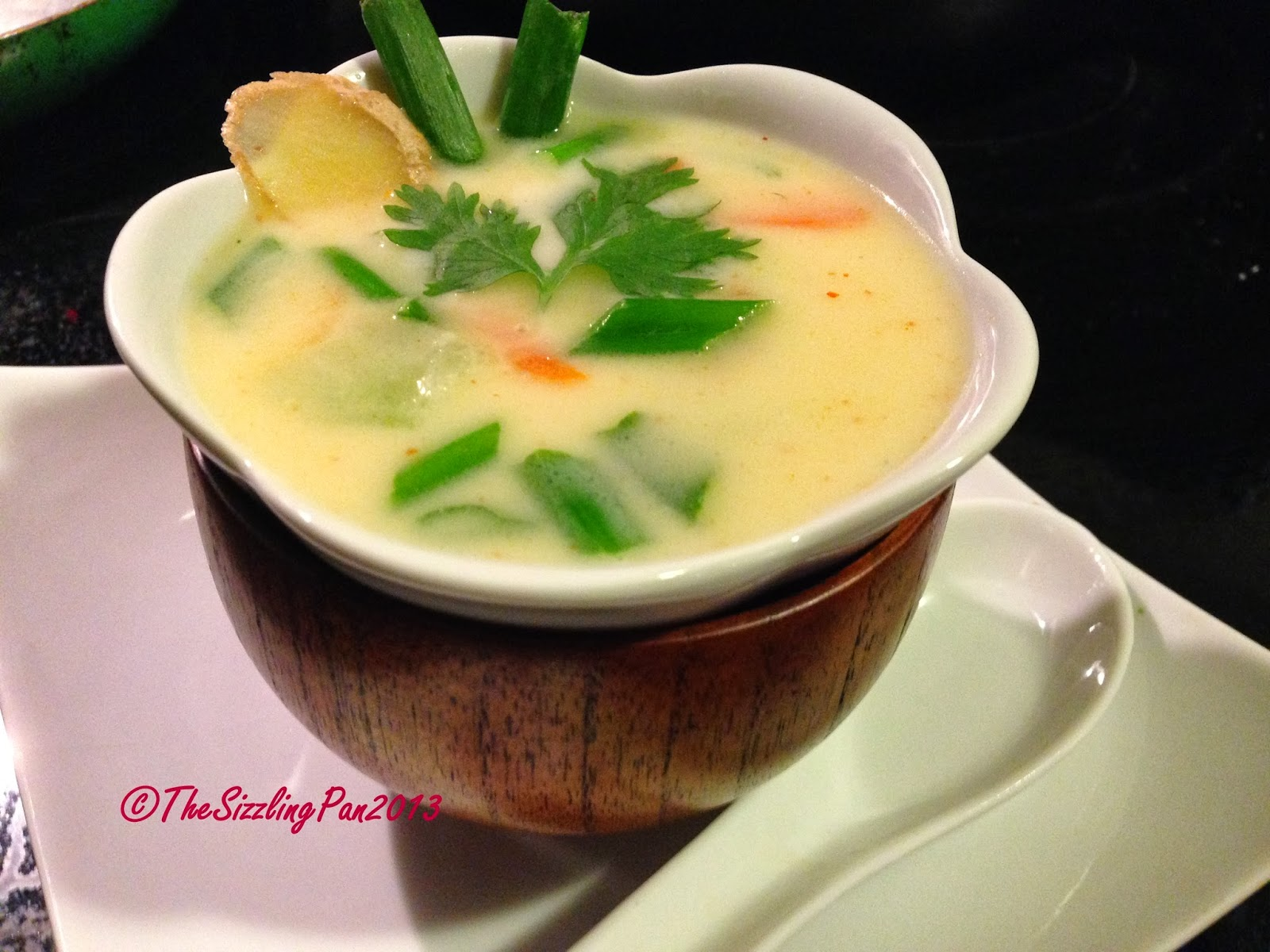 The sizzling pan 39 tom yum kha 39 like thai soup for Aroma thai cuisine