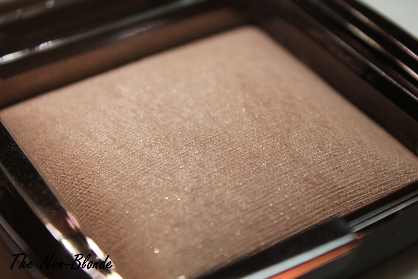 Hourglass Ambient Lighting Powder is one of the most talked about makeup releases of the new year. Itu0027s a light diffusing finishing powder in six shades ... : ambient lighting powder - azcodes.com