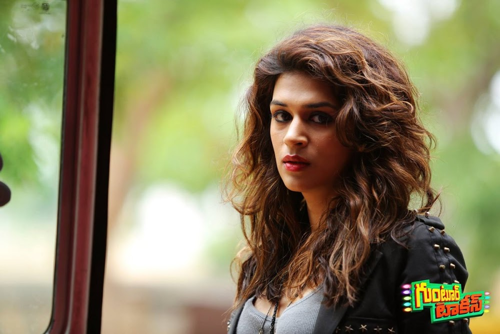 Shraddha Das HD images From Guntur Talkies Movie