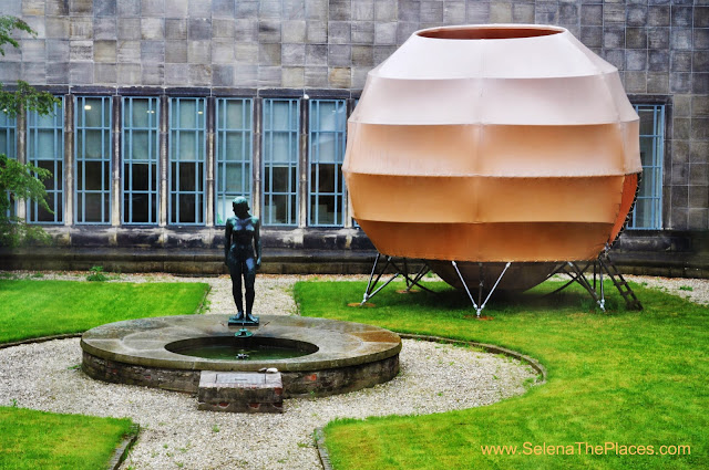 Courtyard Boijmans Museum Rotterdam