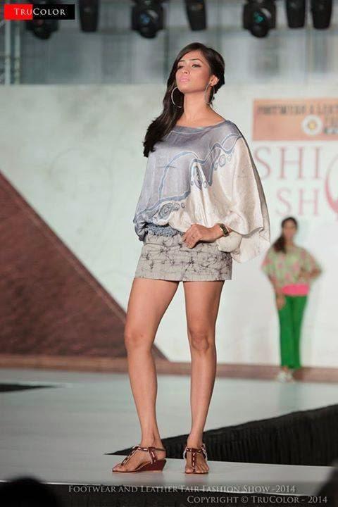 Model Tania Deen