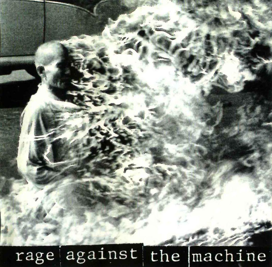 [SUPPOS DE LA FORTUNE] CARRE DE 6 pour gagner DEAD SPACE 2 X360 - Page 3 Rage+Against+The+Machine+-+Rage+Against+The+Machine