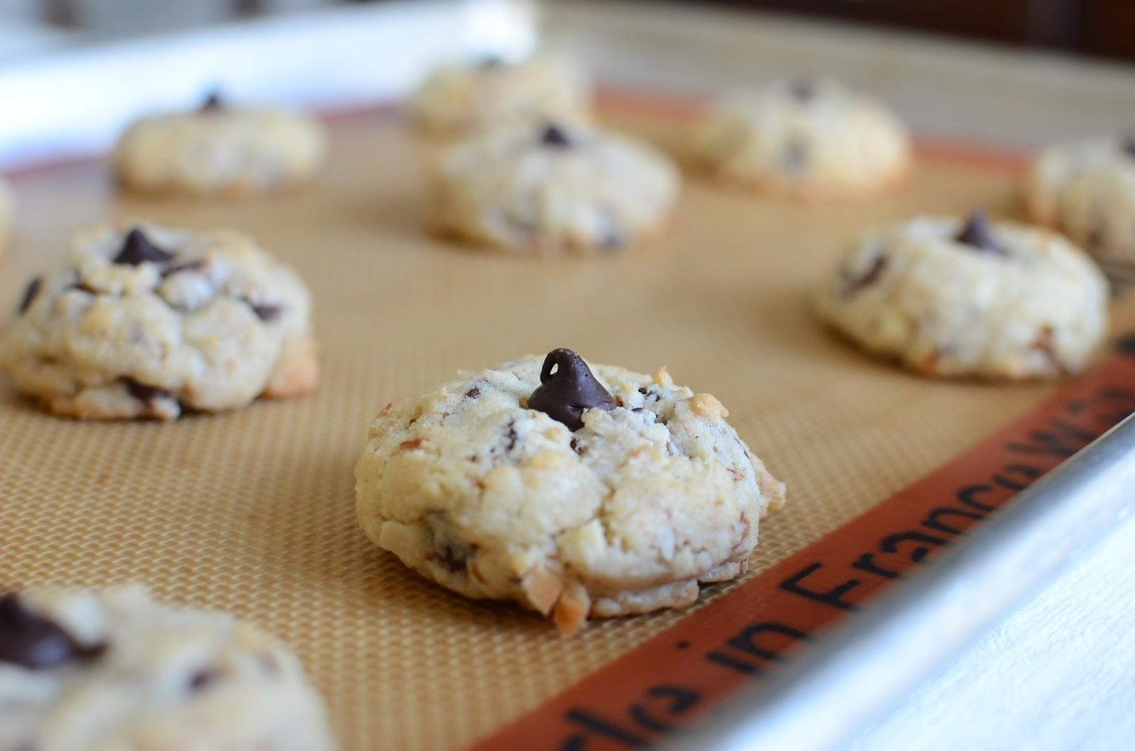 ButterYum: Almond Joy Cookies
