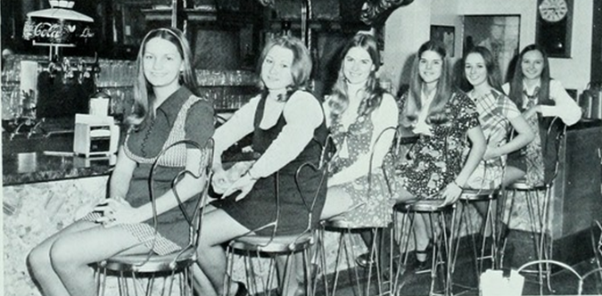 vintage everyday: Vintage Photos of Mini Skirts in Dining