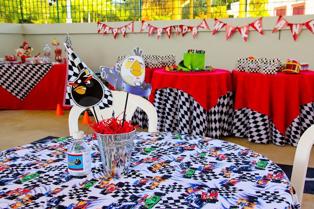 Fiesta Angry Birds en Go Karts