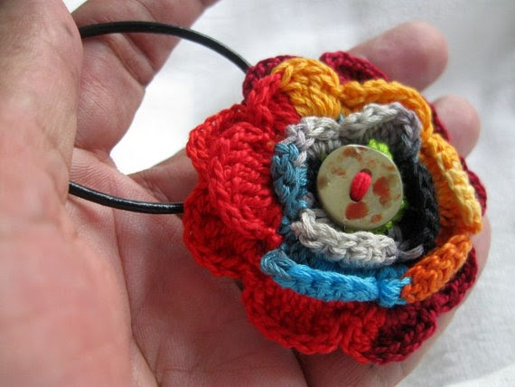 https://www.etsy.com/listing/126198986/crochet-flower-necklace-multicolor-multi?ref=shop_home_active_1
