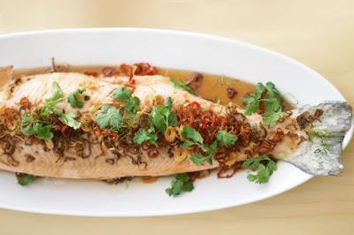 Thai-style poached whole salmon Recipe