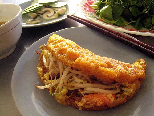 Hue Pancake (banh khoai)