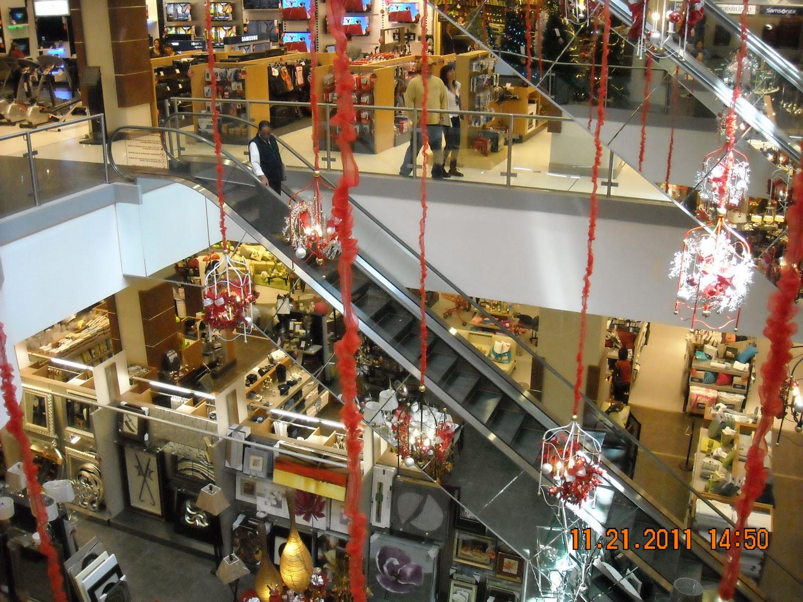 Journeyman jack in ecuador jason isa x mas shopping for Adidas ecuador quito mall el jardin