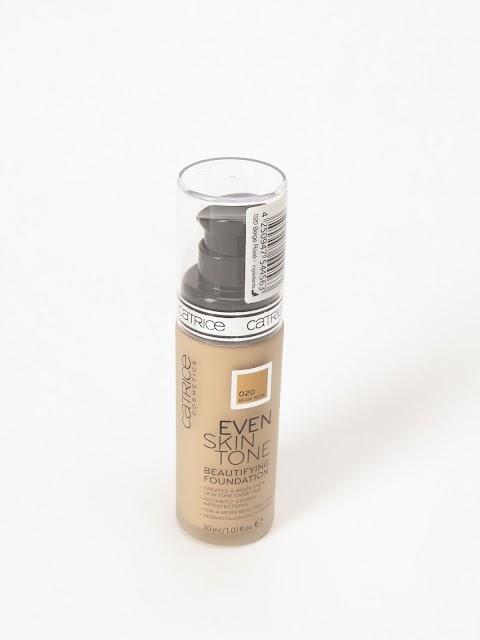 Catrice Even Skin Tone Beautifying Foundation 020 Beige Rosé kreminė pudra