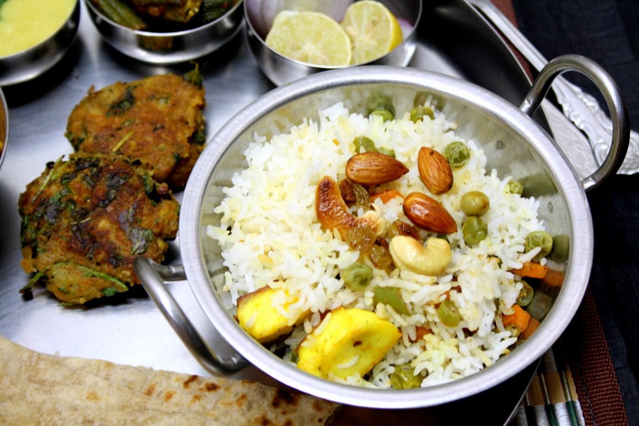 Cooking 4 all seasons nawabi pulao how to make awadhi for Awadhi cuisine dishes