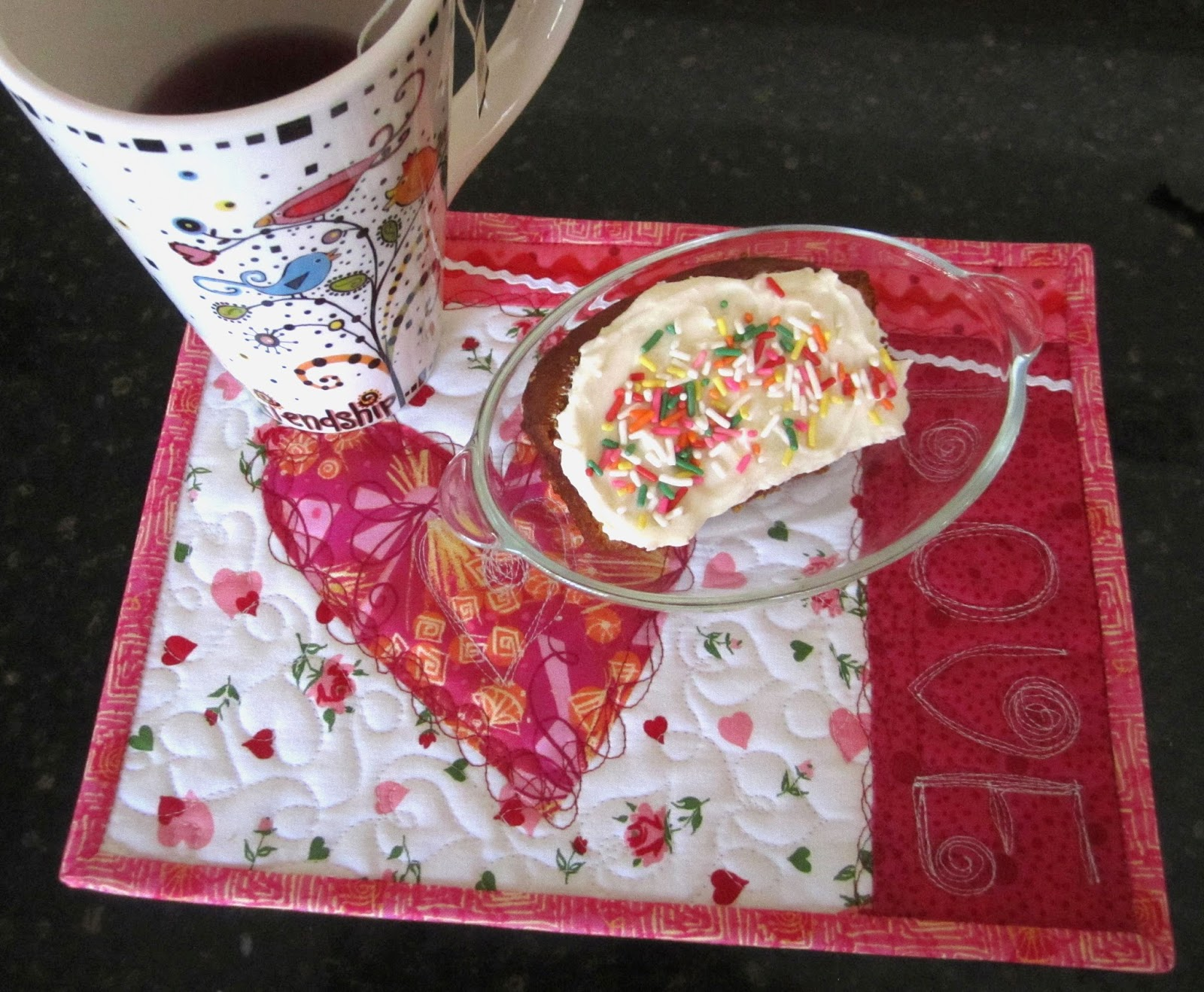 valentines day, mug rug, heart mug rug, valentines mug rug