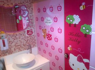 Desain Kamar Mandi Hello Kitty