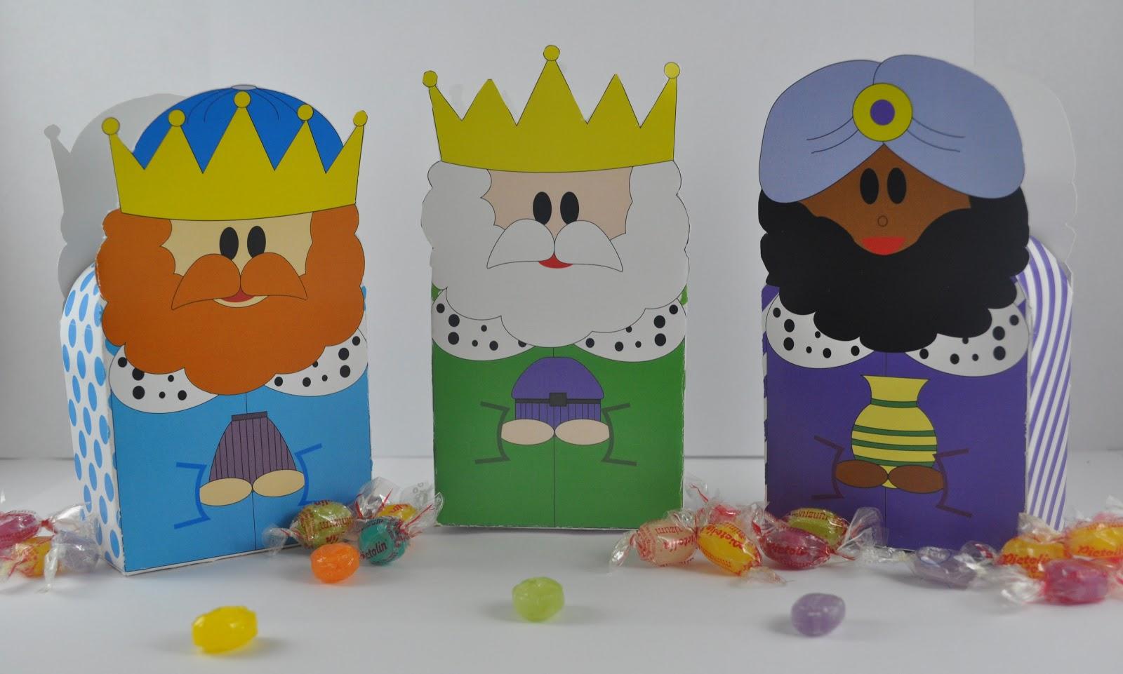 Caja para chuches de los reyes magos entre papeles y - Ideas de regalos para reyes ...