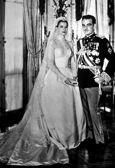 grace kelly marries prince rainier of monaco 1956 grace kelly