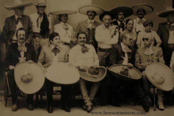 Carlos Enrique Pascual López fue el líder que las jinetes de las escaramuzas estaban esperando.  Pascual era el presidente de la Federación Mexicana de Charrería, y fue el primero que reconoció que el deporte de la Escaramuza era precisamente eso, un deporte.