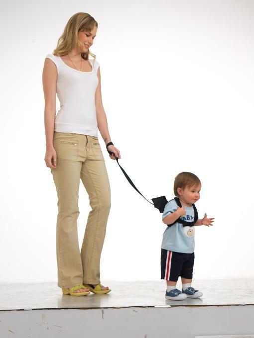 http://1.bp.blogspot.com/-PUm7K7Hhn4o/UA-ousZuy9I/AAAAAAAAAdY/Qje1Z0GL4VY/s1600/coleira-para-crianca.jpg