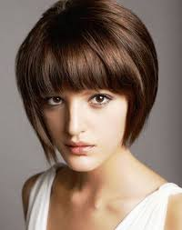 Gaya dan model rambut pendek wanita terbaru