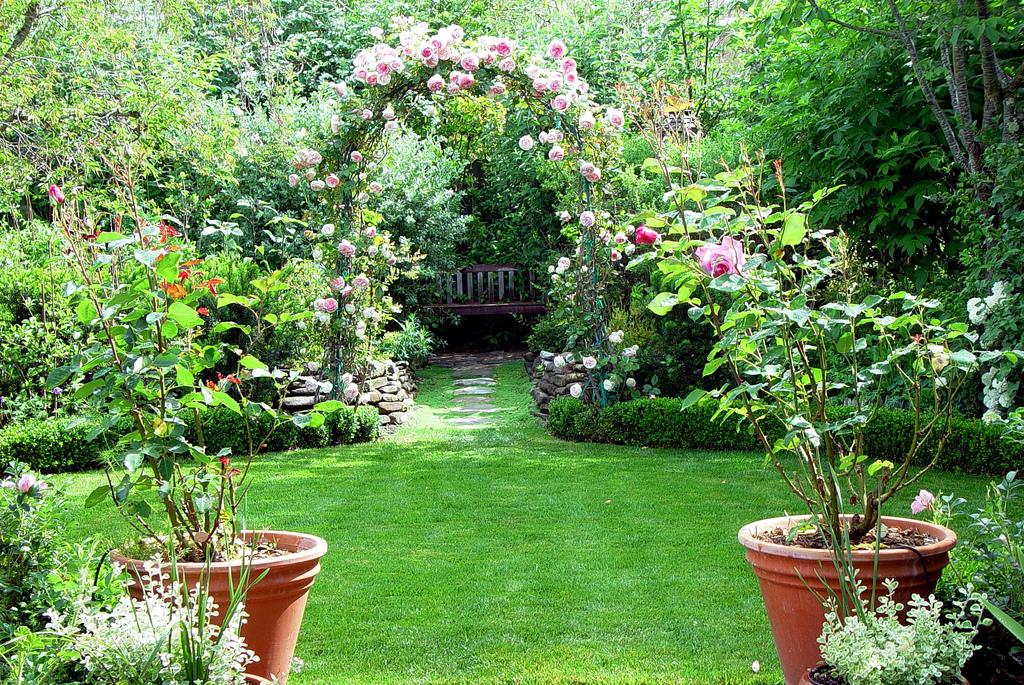 cool beautiful homes and gardens. Homes gardens designs  Home Interior Design