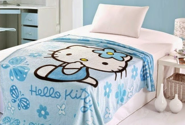 Foto Kamar Hello Kitty Biru